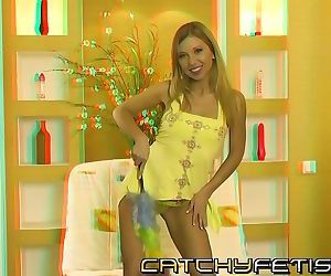 Petite blonde fills her wet holes with huge toy in 3d..