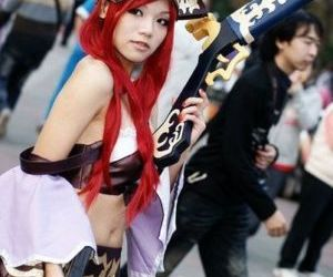 League of Legends Cosplay 01 -..