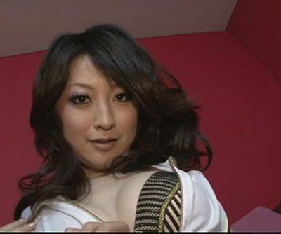 Brunette Asian girl Asuka Mimi..