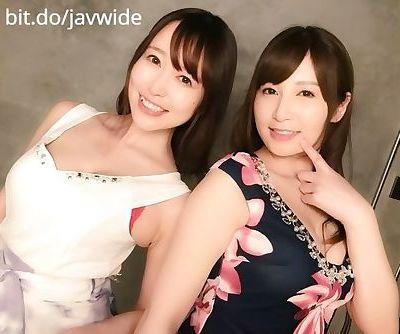 pretty japanese babes