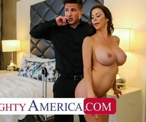 Naughty America Alexis Fawx tips..