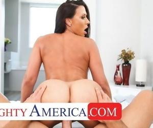 Naughty America Kassandra Kelly..