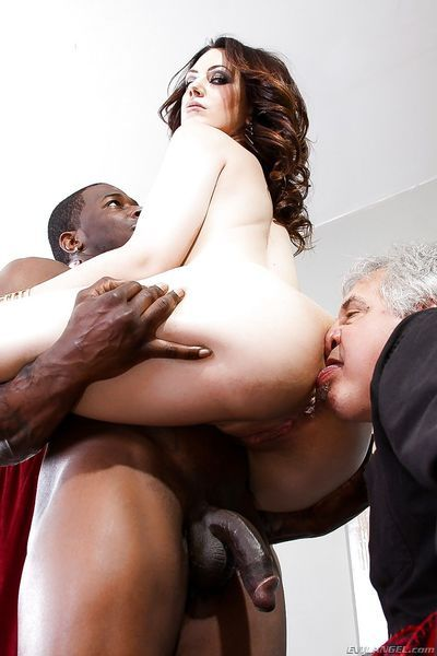 Hot MILF facesitting & sucking bbc in ass licking interracial groupsex - part 2