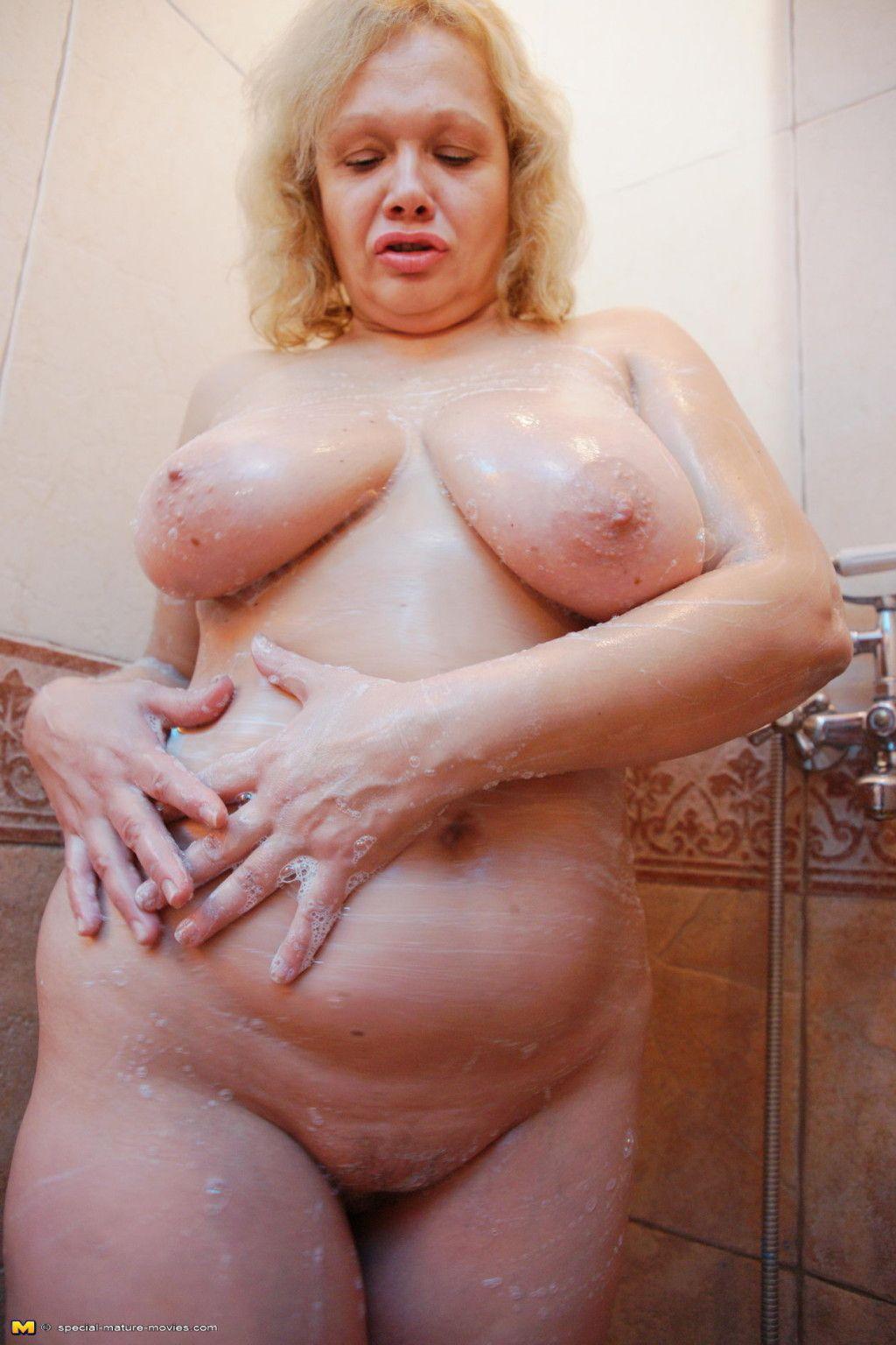 Take a look at an all female sauna