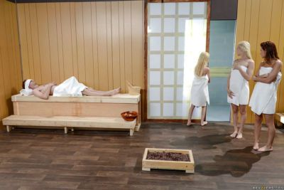 Teens Alaina Dawson- Elsa Jean and Piper Perri have all girl 3some in sauna