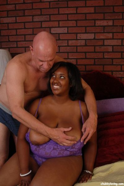 Fatty ebony Elite is licking and sucking sperm from this bald guy