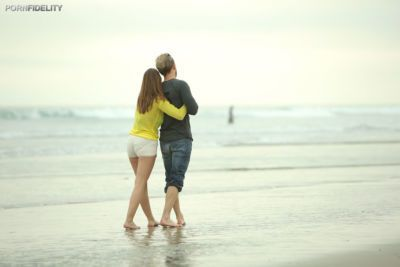 Lovebirds Ryan Madison & Brooklyn Chase have rough sex after day at the beach