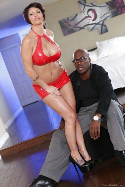 Hardcore big dick loving slut Shay gives an interracial blowjob