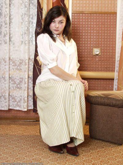 Tremendous Latina amateur slut Katta is posing in sweet stockings