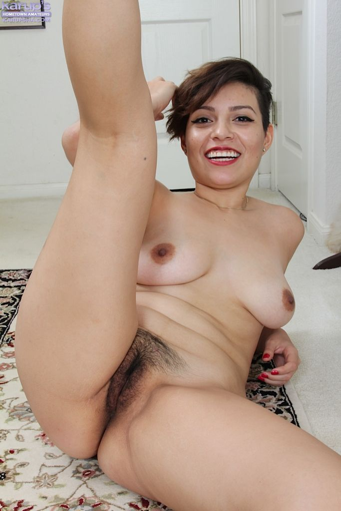 Solo first timer Natalie Odom lifting skirt for white panty flashing