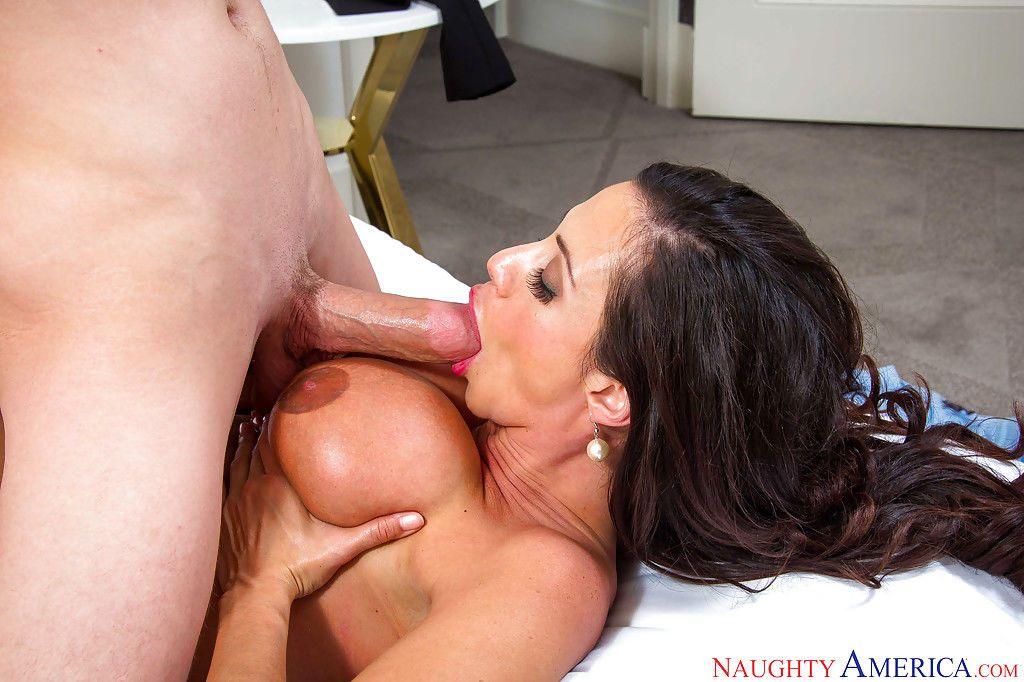 Latina mom Ariella Ferrrara licking ball sac and swallowing cock