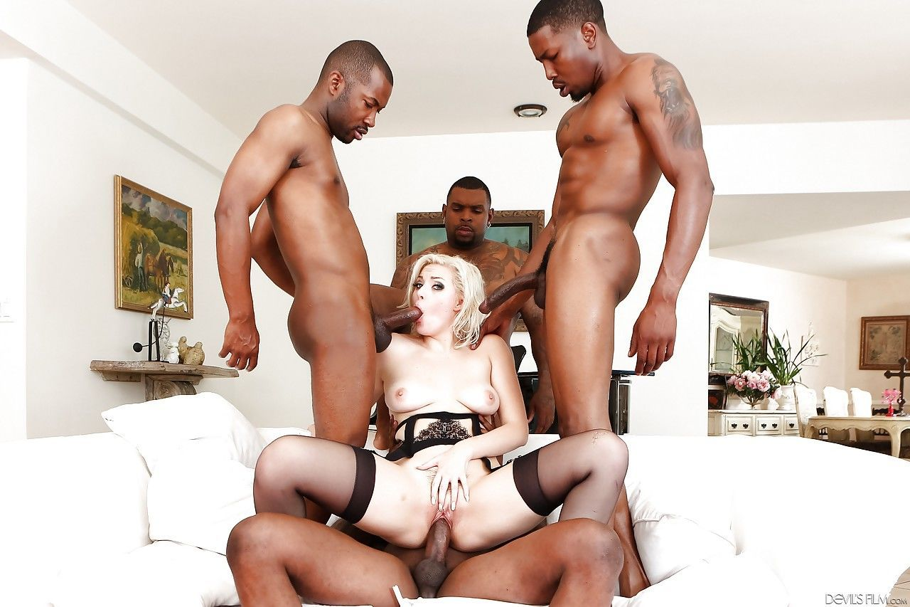Blonde slut Jenna Ivory gets double penetration & cum on tongue in gangbang