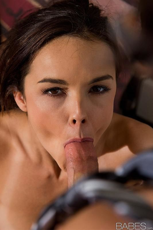 Brunette Dillion Harper getting pussy licked and eating cum after deepthroat