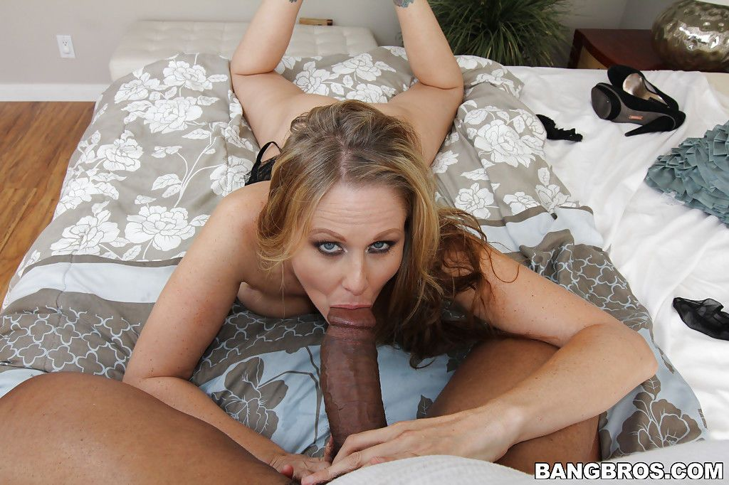 Interracial sex with a hardcore black dick and sexy milf Julia Ann
