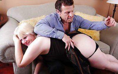 脂肪 奶奶 Toni 喜欢 一个 性虐待 动作 与 她的 性感的 情人