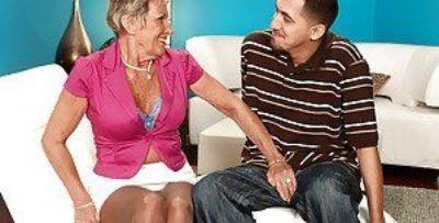 Raunchy granny in nylon pantyhose Sandra Ann giving a delicious blowjob