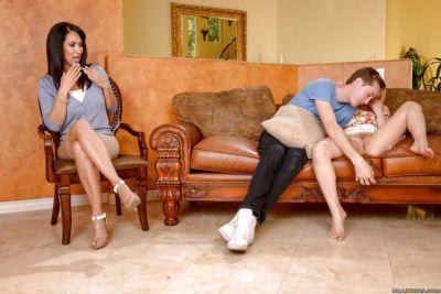 мама и подросток Сперма замена после Лю комплименты из Обри Золото и Игил любовь