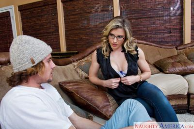 Mom in glasses Cory Chase seduced this hunk and swallows his cum