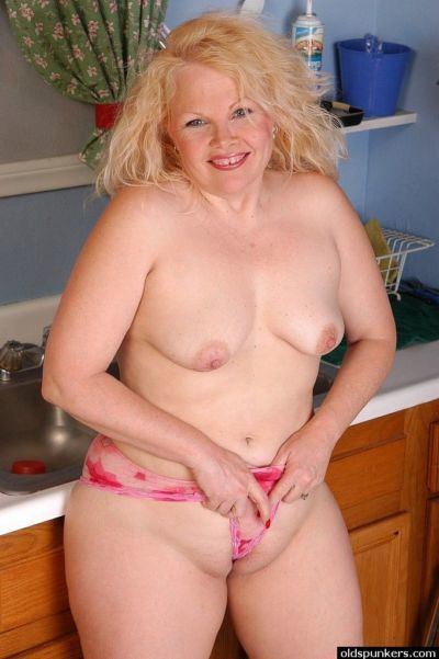 Sexy close ups of chubby chick Sunshine spreading pink pussy in kitchen - part 2