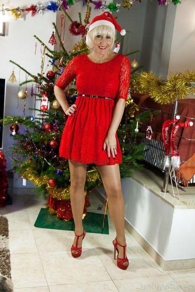圣诞节 时间 与 成熟 尼龙 模型 Jan 伯顿 是 全 的 性感的 照片