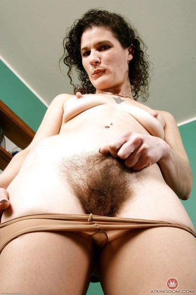 Experienced lady Sunshine licks her own hairy underarms up close - part 2