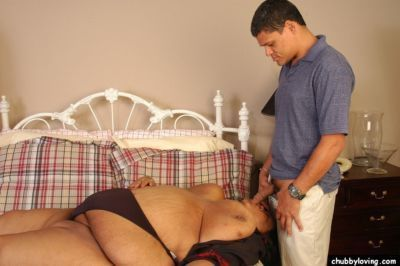 Mature Filipino SSBBW Debrina taking cumshot on massive ass after fucking