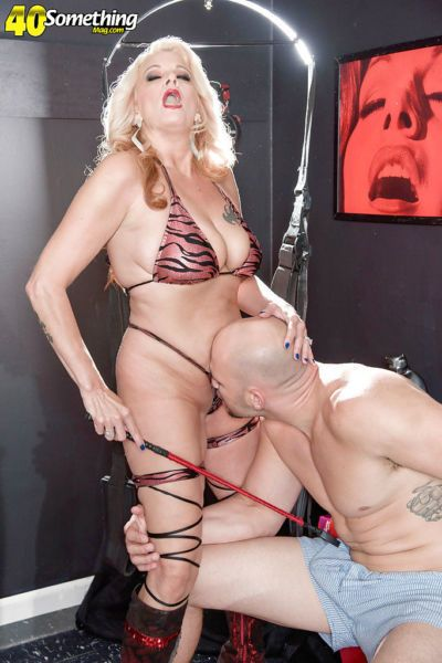 Busty mature blonde wife Brooklynn Rayne taking hardcore butt fucking