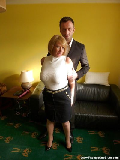 Clothed mature first timer unveiling large tits before masturbating
