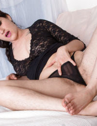 Lông lá già, mẫu Stacey Stax Phô ra cô ấy Lông lá underarms