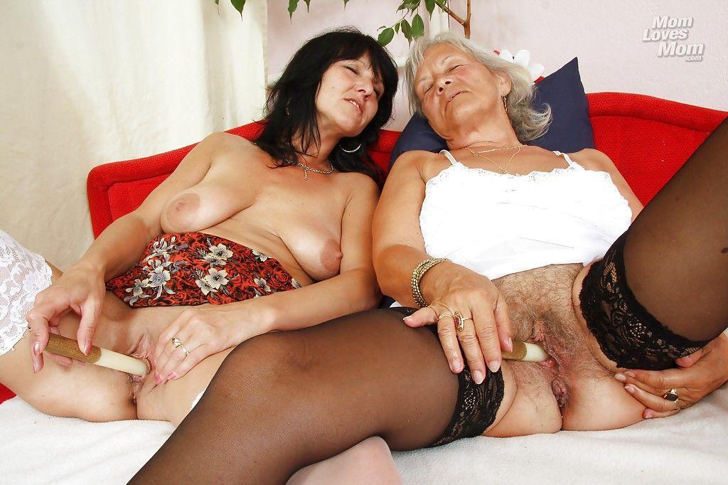 русских бабушек лизбиянки