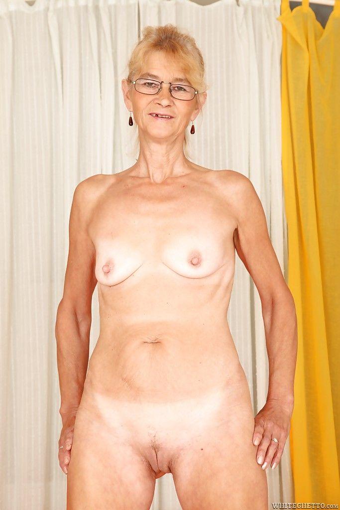 Фото голых бабушек 55402 фотография