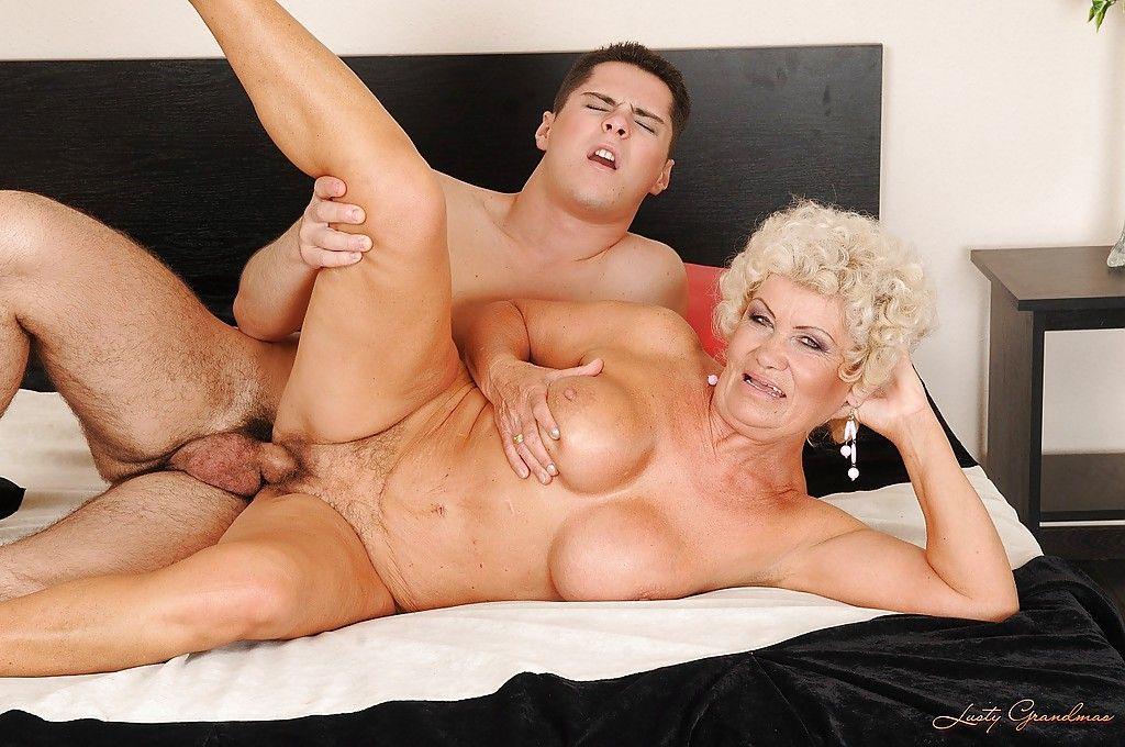 грешная старушка в порно