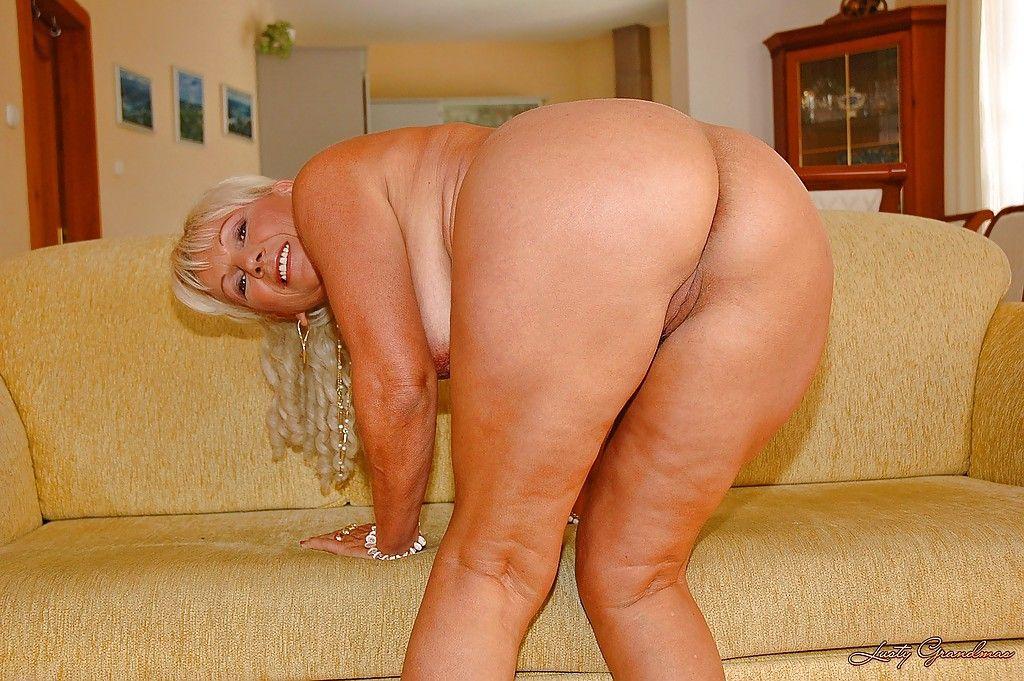 С старые большими жопами женщины интимное фото