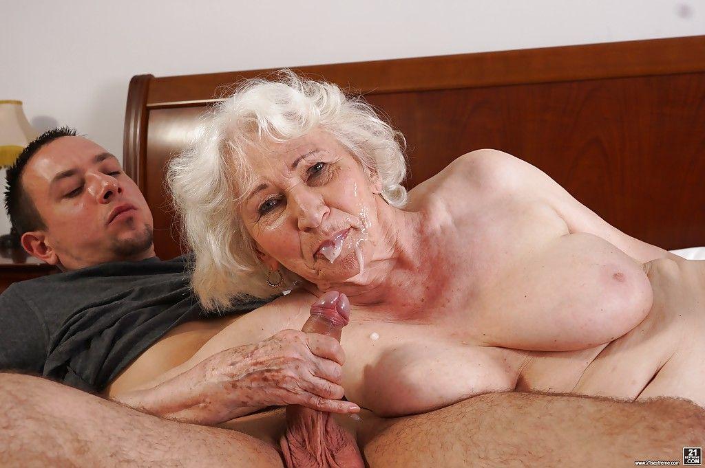 Ро порно бабушки