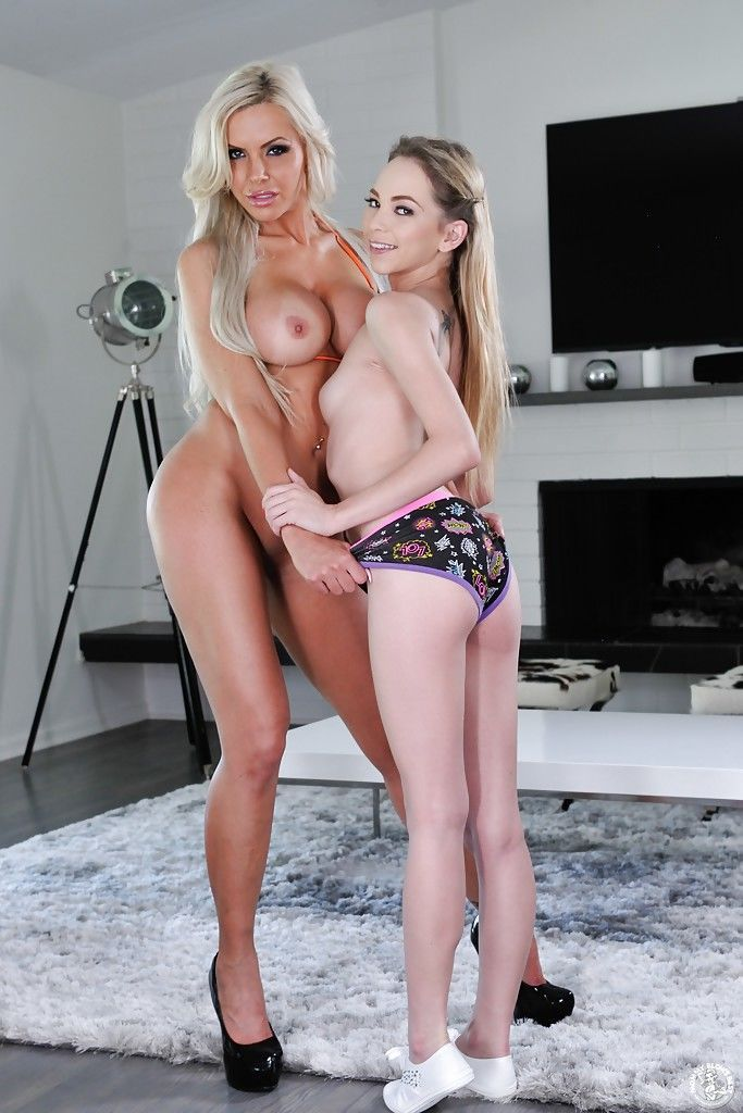 Young chick Angel Smalls and MILF Nina Elle going girl on girl