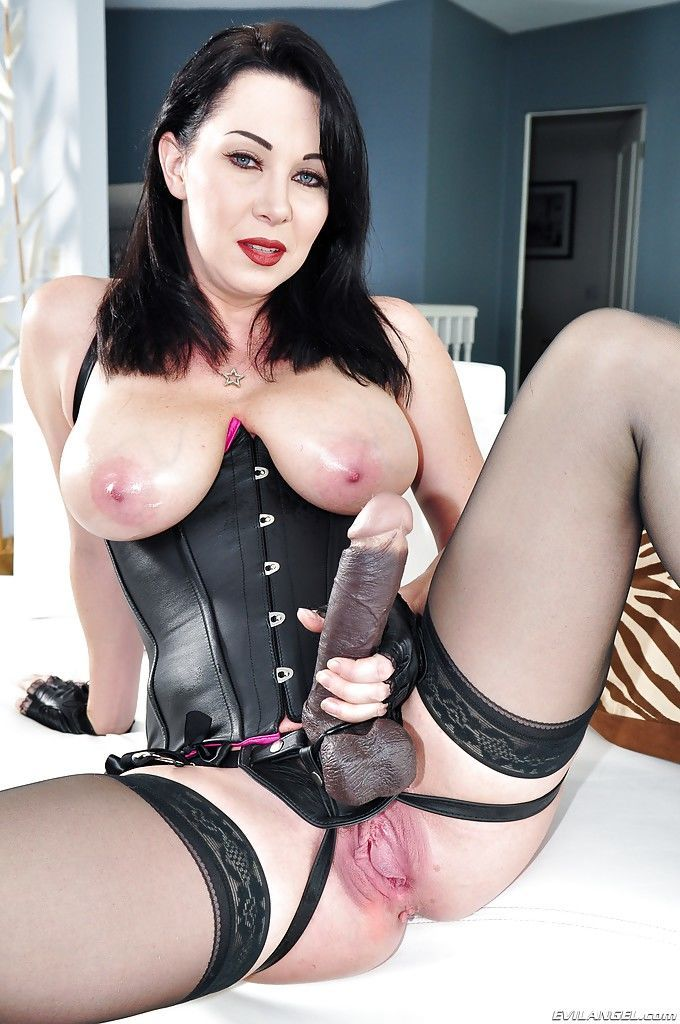 Mature pornstar RayVeness is playing with her lovely fetish toys - part 2