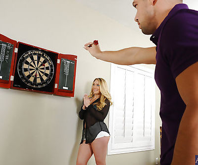 Skinny blondie AJ Applegate has..