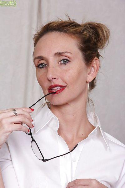 """ông nói \""""chín\"""" người phụ nữ Heidi Van moore người mẫu trần truồng trong cô ấy văn phòng sau cởi quần áo"""