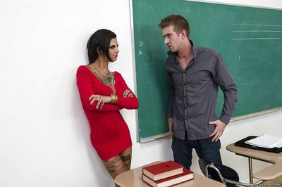 Kinky tattooed schoolgirl Bonnie Rotten gets anal banged by a well-hung lad