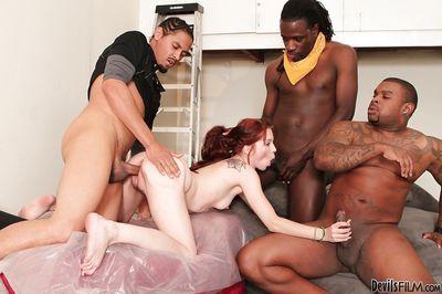 तेजस्वी अंतरजातीय समूह सेक्स के साथ कम निगल Jessi पामर