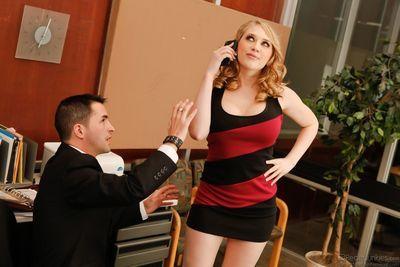 Dirty blonde Kagney Linn Karter gives handjob & sucks cock at the office