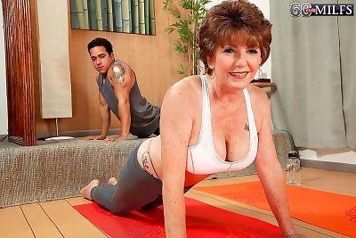Horny granny bea cummins fucking stiff dick after yoga class - part 795