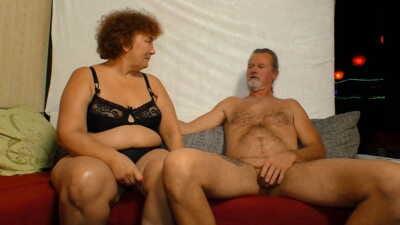 Redhead BBW granny Heike R sucks her guys cock & bangs missionary style