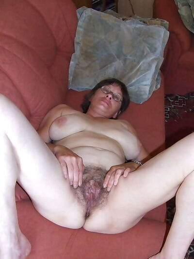 Busty granny with hairy pussy posing and toying - part 2987