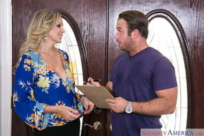 Fascinating MILF with huge juggs Julia Ann spreads legs and gets rammed good