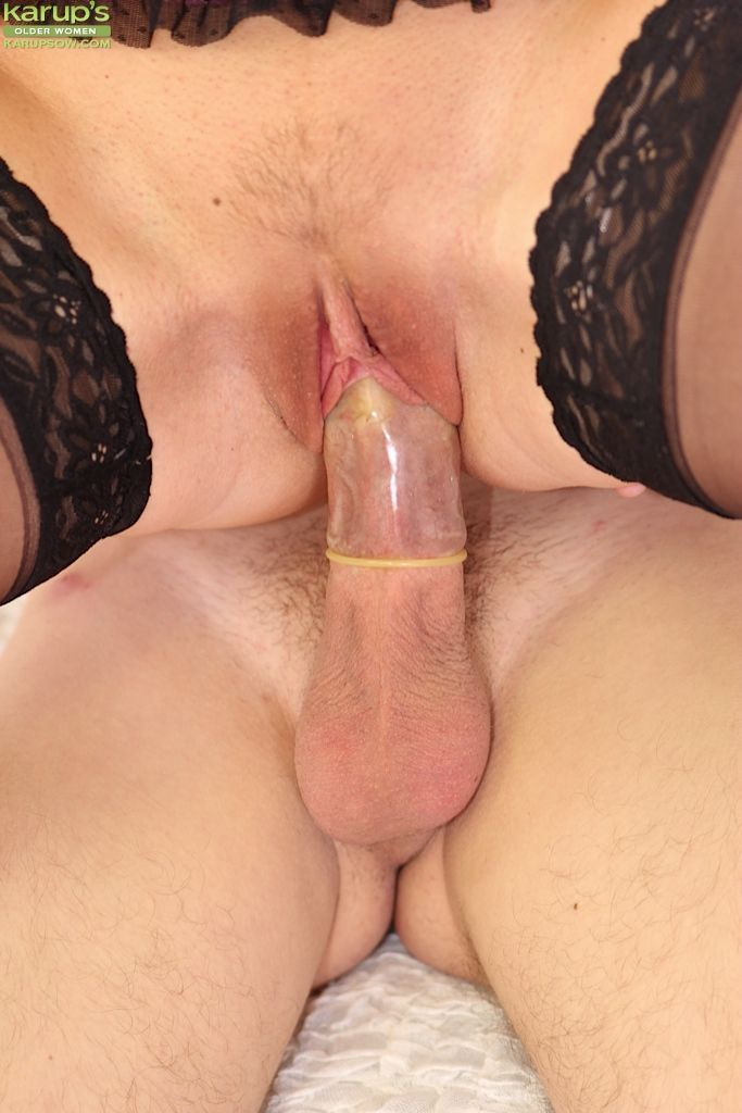 First class blowjob and ass fucking action with a mature mom Lucy Dusk