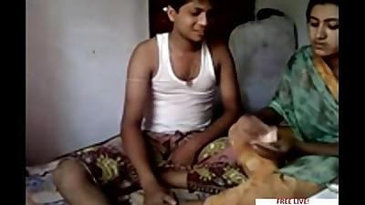 Bangla deshi Hot Couple Homemade..