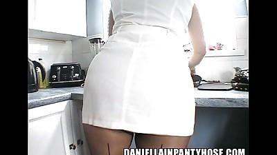 pantyhose upskirt sexy ass short..