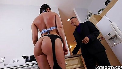 Hot thick ass brunette Brittany..