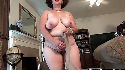 Voluptuous milf Marie Black needs..